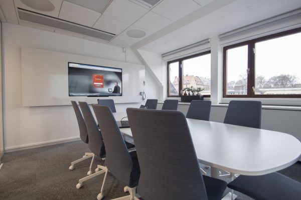 DesignLine Writing Board with recessed TV in the meeting room